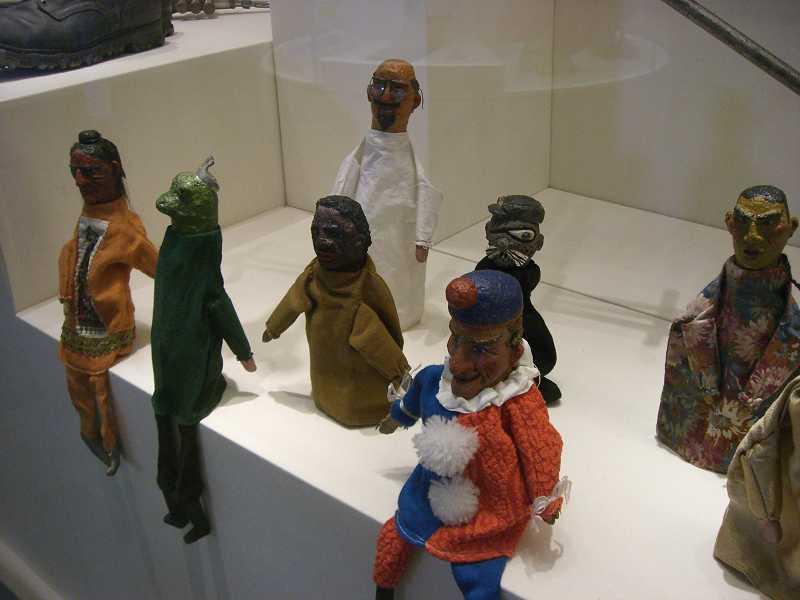 Juli archiv museums